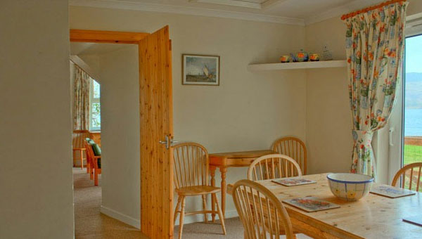 Shore Cottage Interior 05