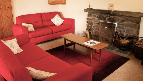Shore Cottage Interior 07